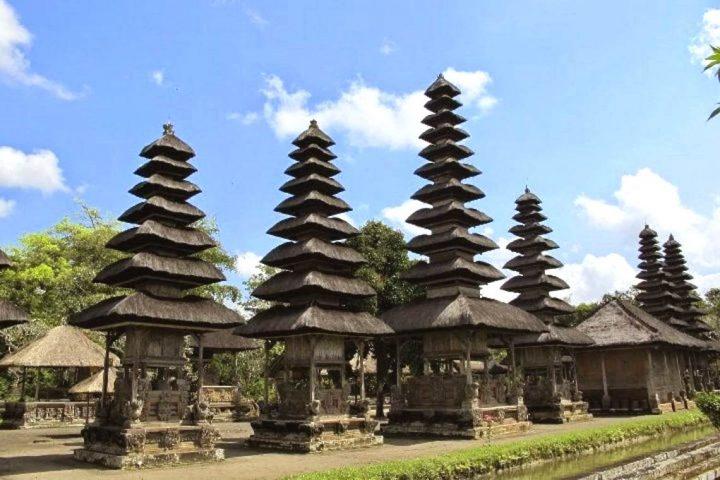 Balio religija ir mums gražiausios šventyklos