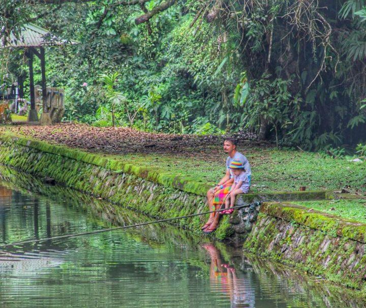 Balis su vaikais